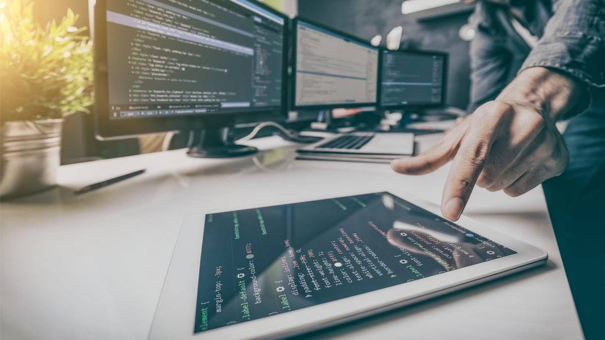 salario-de-desenvolvedores-aumenta